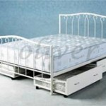 OB 2003 slide out storage bed