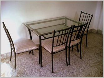 Dining sets / Chairs